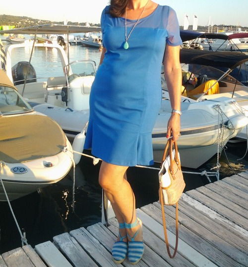 blue dress on the jetty1