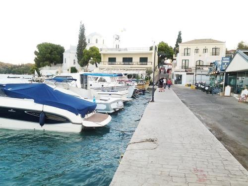 Porto Heli marina1