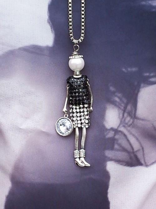 lady chain1